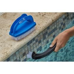 Brosse multi fonctions pour piscine